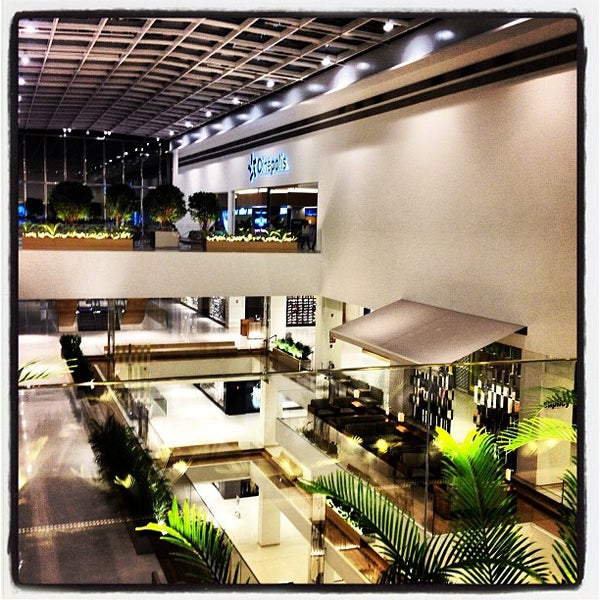 Photo taken at Shopping JK Iguatemi by Sergio A. on 2/11/2013