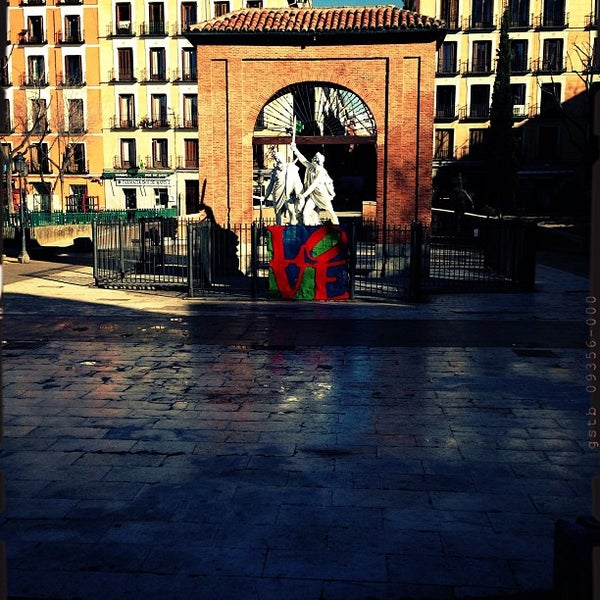 Photo taken at Plaza del Dos de Mayo by Robert S. on 2/14/2013