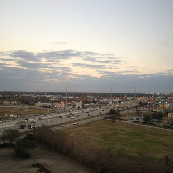 Photo taken at Houston Marriott South at Hobby Airport by Steven R. on 1/23/2013