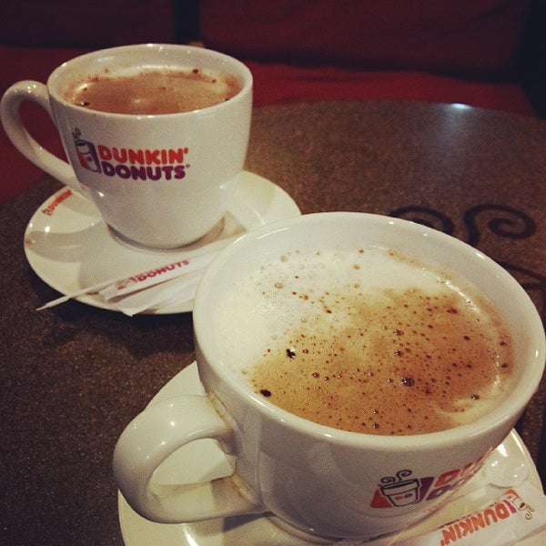 Photo taken at Dunkin' Donuts by Ida Ayu I. on 9/5/2014
