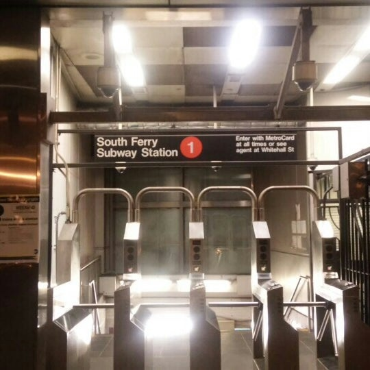 Photo taken at MTA Subway - South Ferry (1) by Alexander M. on 10/31/2015