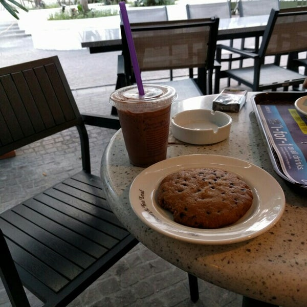 Photo taken at The Coffee Bean by Muhammad Z. on 5/5/2016