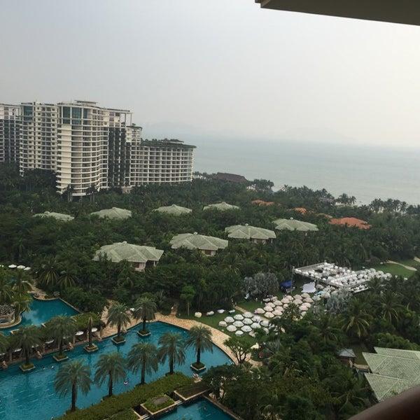 Photo taken at HowardJohnson Resort Sanya Bay by Максим С. on 10/13/2014