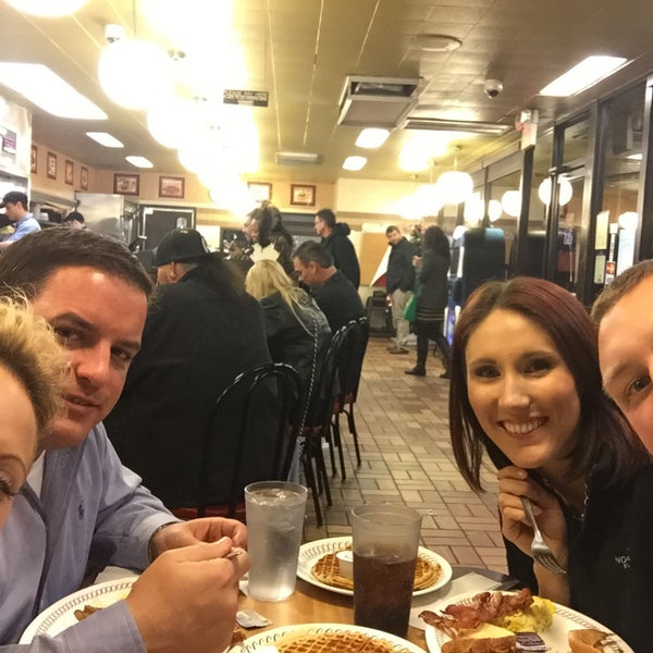 Photo taken at Waffle House by Shaunna M. on 1/1/2015