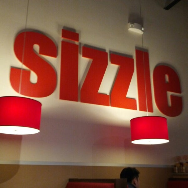 Photo taken at Smashburger by Frank G. on 2/20/2013