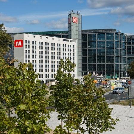 meininger hotel berlin hauptbahnhof mitte 48 tips from 2068 visitors. Black Bedroom Furniture Sets. Home Design Ideas