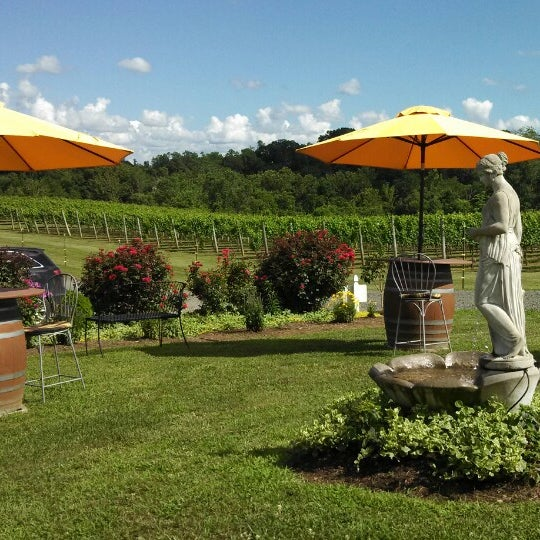 Photo taken at Three Fox Vineyards by Johnny W. on 7/6/2013