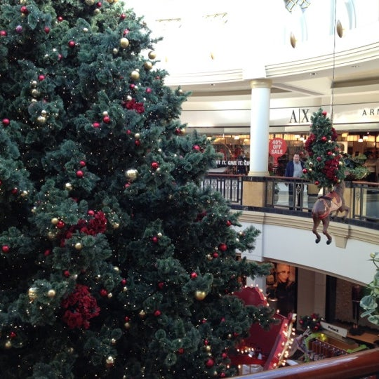Photo taken at King of Prussia Mall by Wouter S. on 12/14/2012