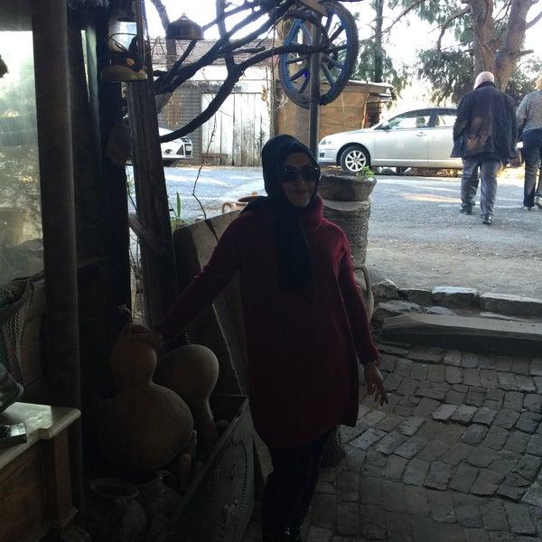 Photo taken at Yavuz'un Yeri by ➡️Şule〽️💃 C. on 12/31/2016