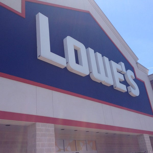 Lowe 39 s home improvement rocky river oh for Wallpaper lowe s home improvement