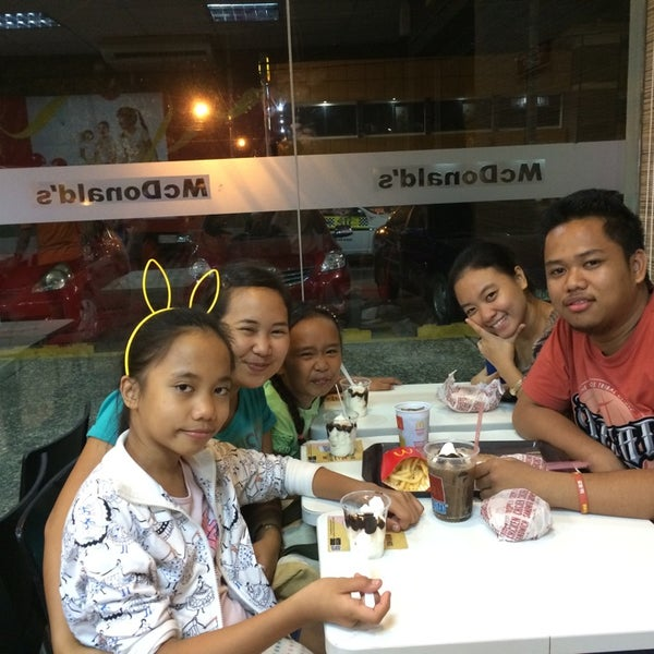 Photo taken at McDonald's by Ivy Joice P. on 10/10/2014