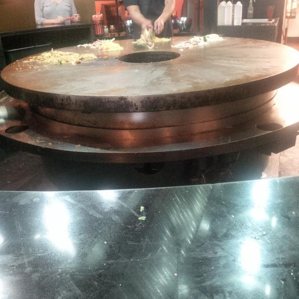Photo taken at HuHot Mongolian Grill by Cliff G. on 8/9/2014
