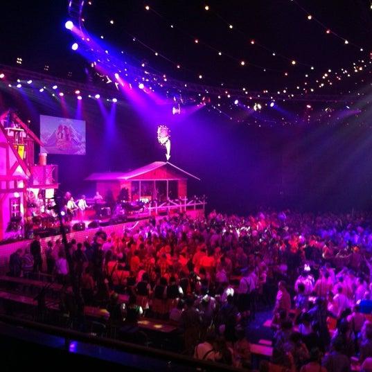 Photo taken at Heineken Music Hall by Birgitte D. on 11/2/2012
