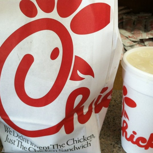 Photo taken at Chick-fil-A by Geoffrey F. on 10/26/2012
