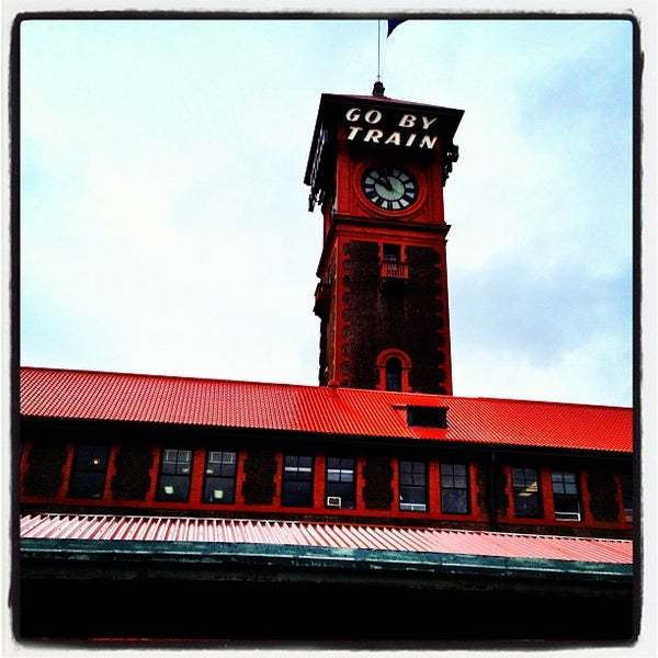 Photo taken at Union Station Amtrak (PDX) by Lisa P. on 3/29/2012