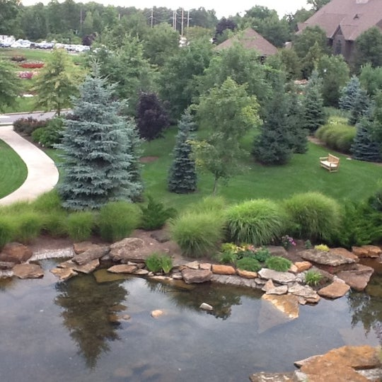 Photo taken at The Lodge at Turning Stone by Roger A. on 8/20/2012