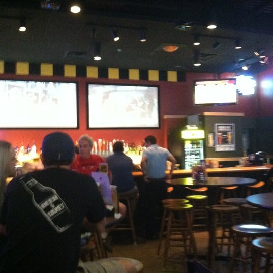 Photo taken at Buffalo Wild Wings by Jermaine C. on 3/14/2012