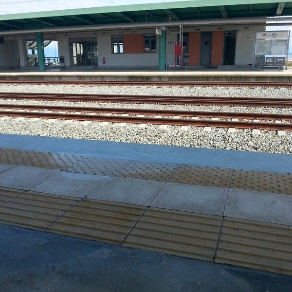 Photo taken at Σταθμός Προαστιακού Κιάτο (Kiato Suburban Rail Station) by SotiriaR 🍔🍕🍗🏄 on 2/28/2015
