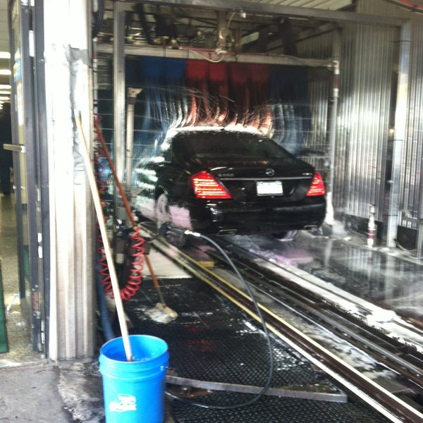 West Side Highway Car Wash