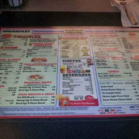 Photo taken at Waffle House by AWAL on 10/11/2012