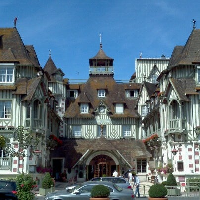 Where's Good? Holiday and vacation recommendations for Deauville, France. What's good to see, when's good to go and how's best to get there.