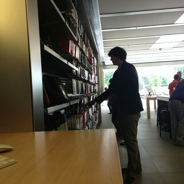 Photo taken at Apple Friendly Center by Jimmy C. on 6/19/2013
