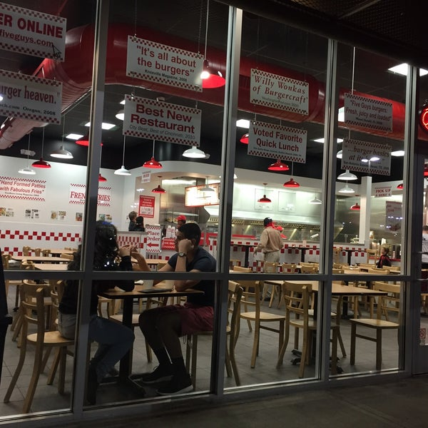 Photo taken at Five Guys by Gary E. on 2/15/2016