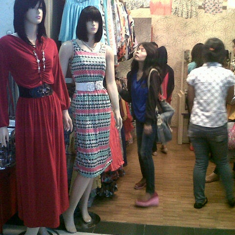 Photo taken at Bandung Trade Centre - BTC Fashion Mall by Irfan A. on 8/10/2012