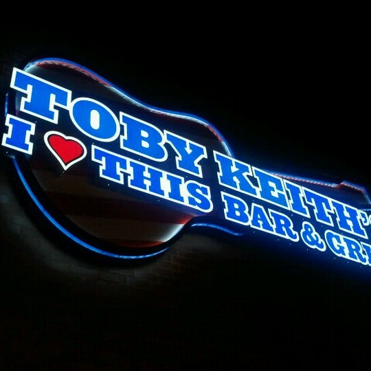 Photo taken at Toby Keith's I Love This Bar & Grill by Chris S. on 8/27/2011