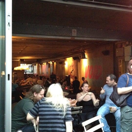 Photo taken at Hoxton Square Bar & Kitchen by Coris L. on 5/24/2012