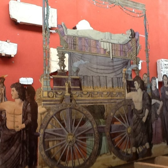 Photo taken at Musée de l'Arles antique by David L. on 5/21/2012