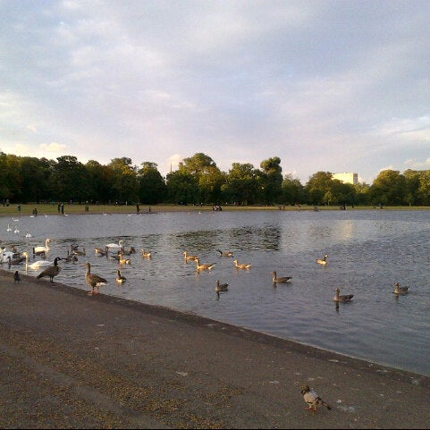 Photo taken at Kensington Gardens by Miss R. on 8/28/2012