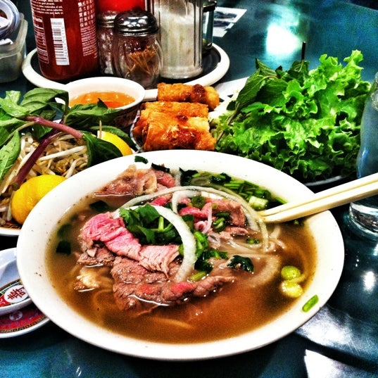 Photo taken at Pho Bac by Aricson D. on 1/19/2012