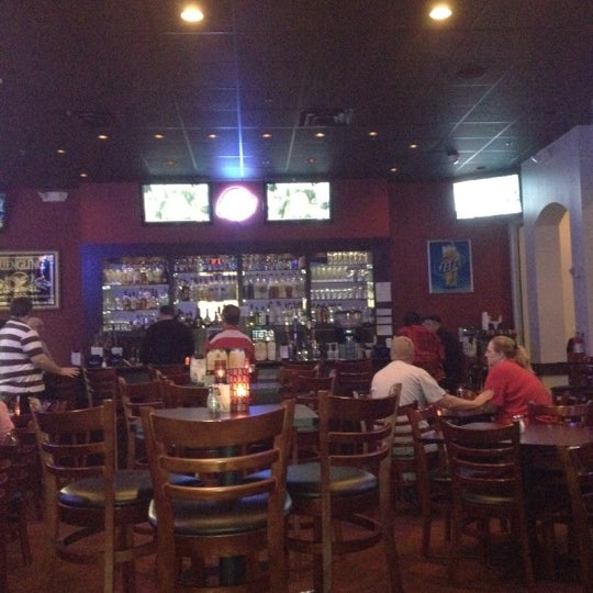 Photo taken at Kee Wee's by Jacqui B. on 2/14/2012