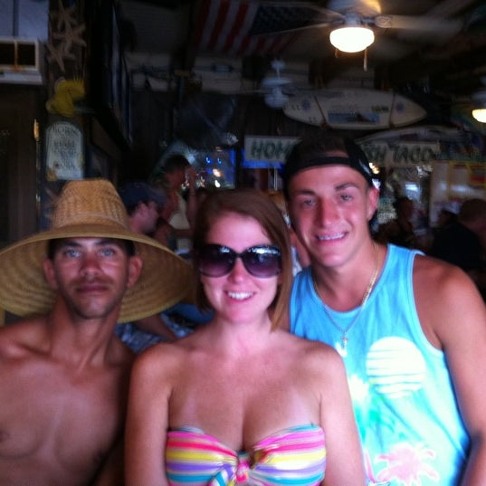 Photo taken at Sandbar Sports Grill by Della S. on 8/7/2011