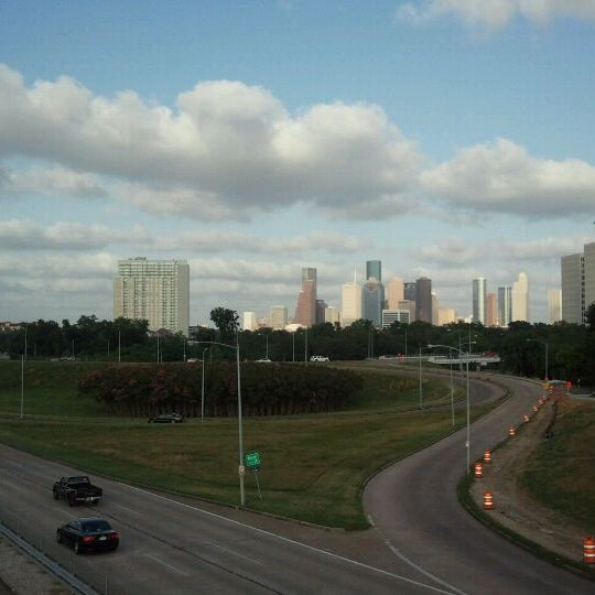 Photo taken at Memorial/Allen Parkway Trails by Lee L. on 5/24/2012