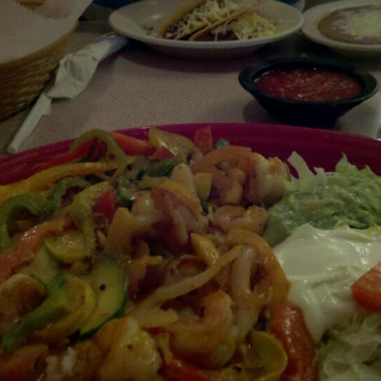 Photo taken at Mexico Restaurant by Mark & Cheryl L. on 6/1/2011