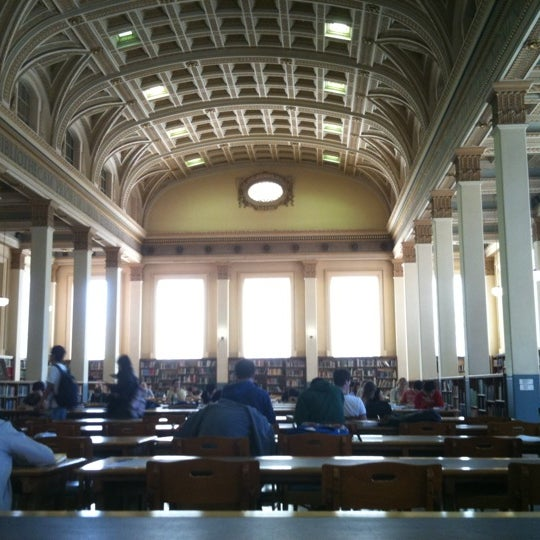 Photo taken at Barr Smith Reading Room by Akmal G. on 3/31/2011