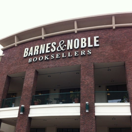 Barnes And Noble S Without Cafe