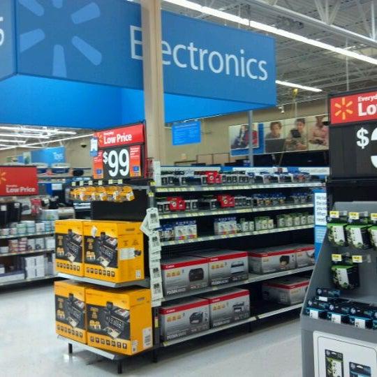 Photo taken at Walmart Supercenter by Jason L. on 9/1/2011