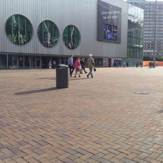 Photo taken at Heineken Music Hall by Nathalie S. on 6/13/2012