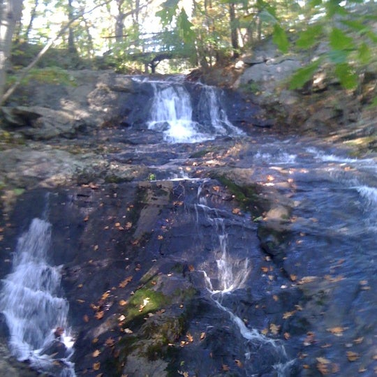Photo taken at Jewell Falls by Fezmarelda on 10/11/2011