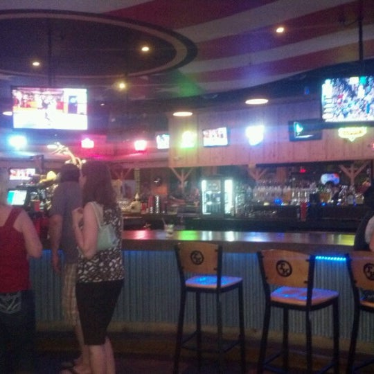 Photo taken at Toby Keith's I Love This Bar & Grill by Karel L. on 6/21/2012
