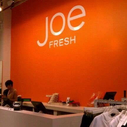 Photo taken at Joe Fresh by Rob 🦃🍁🍂🍃 C. on 9/12/2012