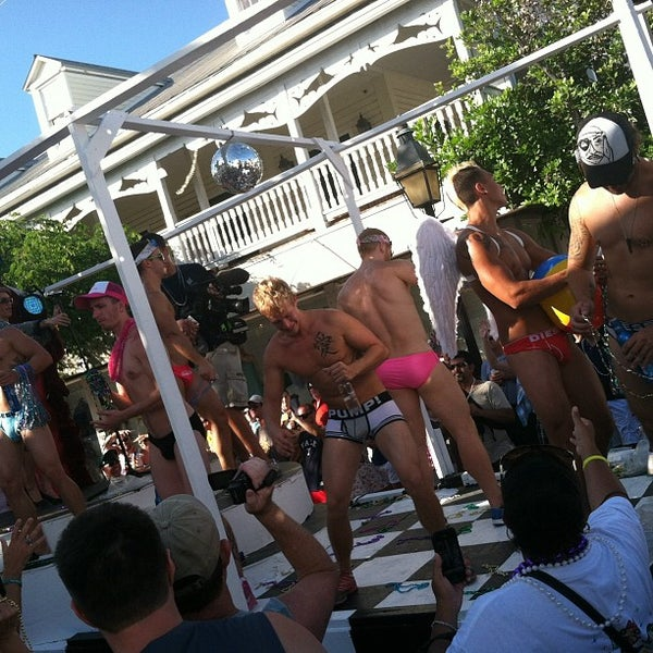 Gay Key West travel guide -