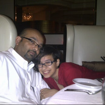 Photo taken at Ruth's Chris Steak House by Sindi S. on 5/30/2012