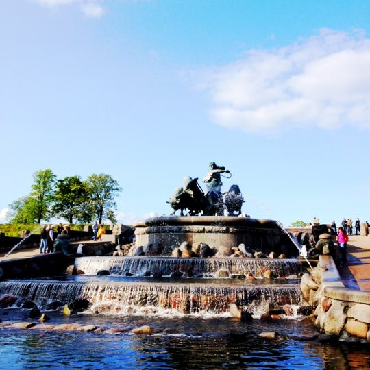 Photo taken at Gefionspringvandet (Gefion Fountain) by Natasha Friis S. on 5/17/2012