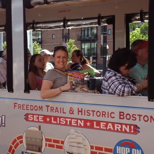 Photo taken at Old Town Trolley Tours of Boston by Elvyra M. on 7/3/2012