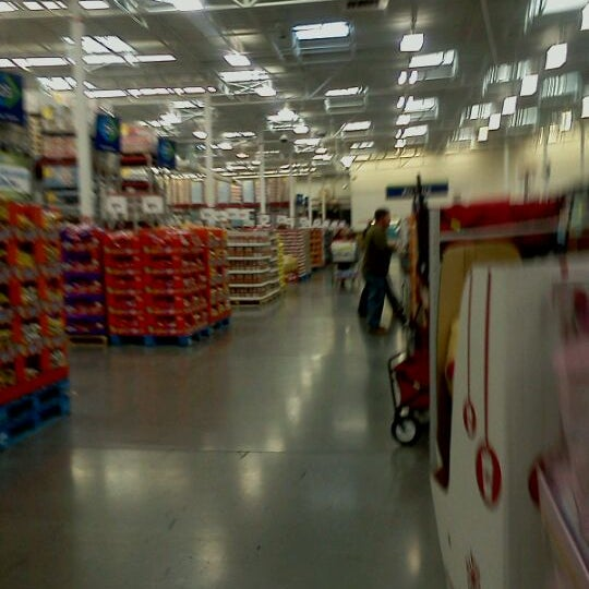 Photo taken at Sam's Club by Richard B. on 10/7/2011