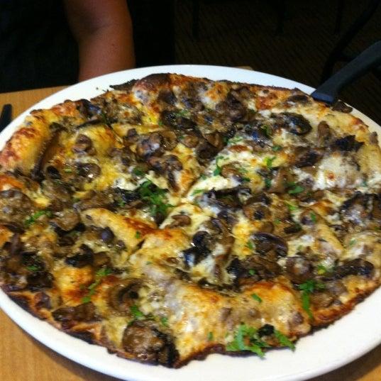 California Pizza Kitchen Central Ave Ny